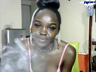 Dark Black African Amateur Porn Teenie Twerking naked on Cam