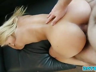 Vacation Pornography Filmed With Molten Light-Haired Stunner On Holiday