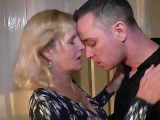 Mother Molly gets vaginal and oral sex with son