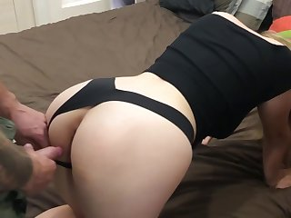 My hot and chubby amateur roommate become my friend with benefits