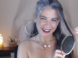 Super Granny shows her body on webcam