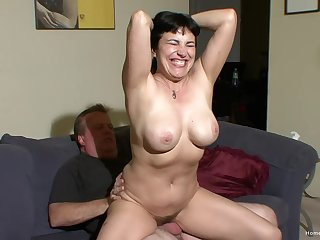 Horny amateur couple make their first homemade video - Claudine