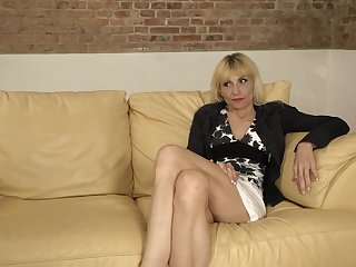 Ash-Blonde mature could not hold back from seducing and humping an junior man she has just faced